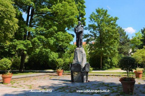 Monaco, il monumento a Re Ludwig II a Bogenhausen