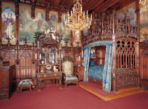 Castello di Neuschwanstein, camera da letto del re (foto n. 2)