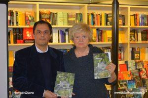 """Ferrara """"La Feltrinelli"""", con la Dott.ssa Panizza conduttrice dell'evento"""