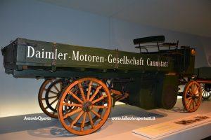 Mercedes Benz Museum, il primo camion (1898)