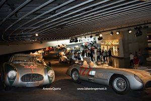 Mercedes-Benz Museum, le frecce