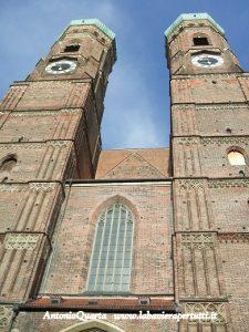 Fraenkirche, la facciata principale